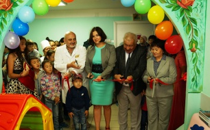 Thumbnail for - «Детский мир» открыл игровые комнаты в медицинских учреждениях Республики Алтай